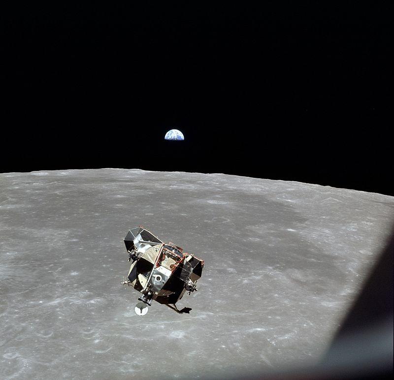 Apollo 11 - LM Eagle gezien vanuit CSM Columbia